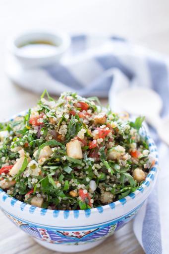 Tabbouleh di quinoa e tofu