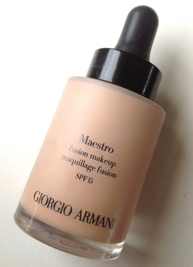 beauty-routine-caterina-maestro-giorgio-armani-maestro-foundation