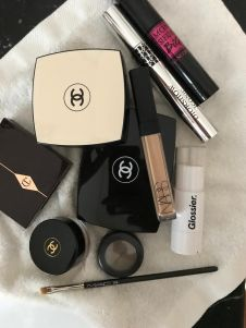 Ilaria-Ferraro-Toueg-beauty-routine-makeup