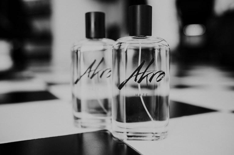 AKRO-Perfume-olivier-cresp-P21