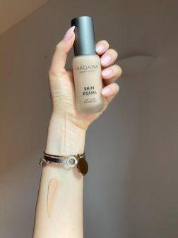 MÁDARA organic makeup-fondotinta-recensione