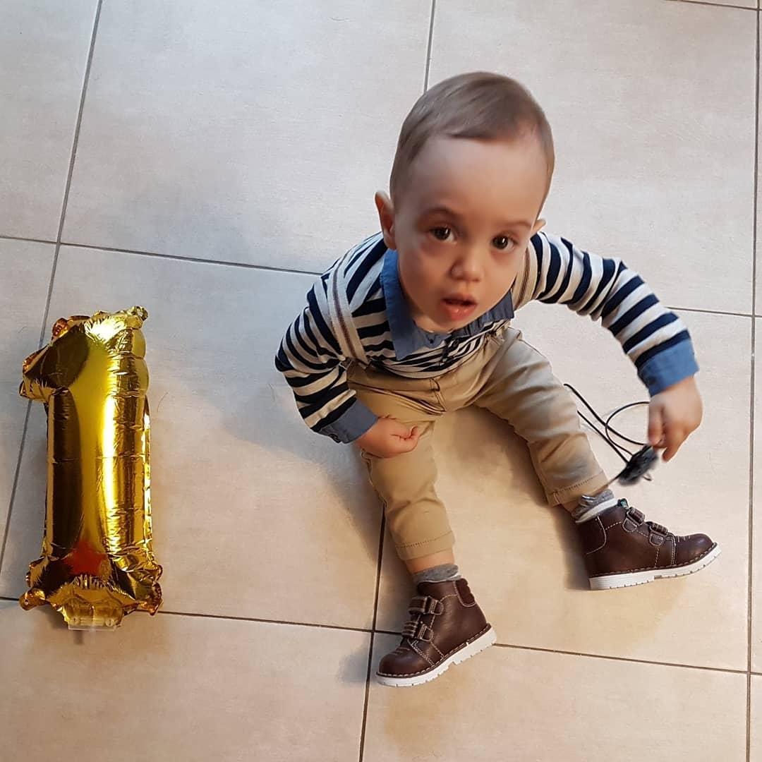 Виктор на една година
