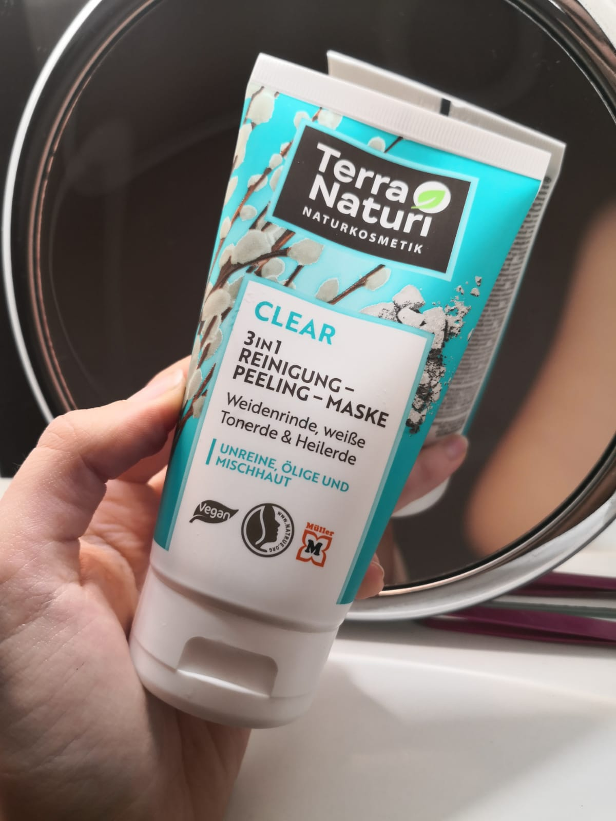Terra Naturi Clear gel za čišćenje lica recenzija – piling/maska vrbina kora i ljekovita zemlja