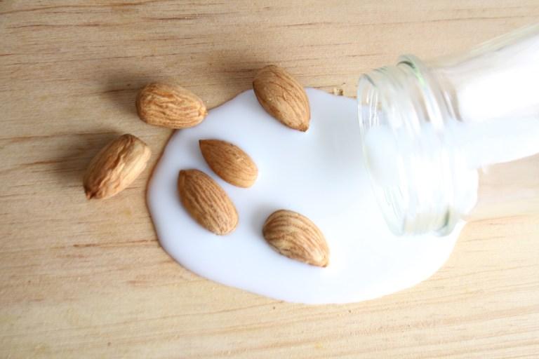 Bademovo mlijeko recept – kako napraviti domaće mlijeko od badema