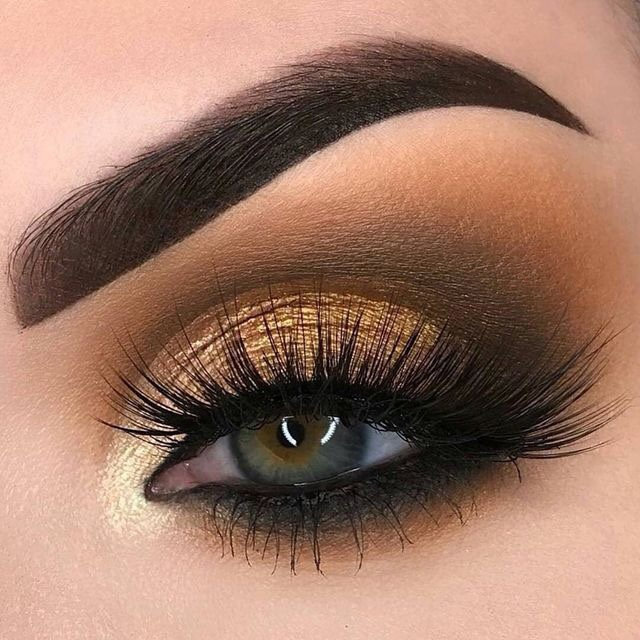 Makeup Inspiration - Eyeshadow Looks We Love