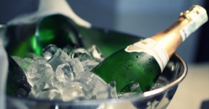 Blog vin Beaux-Vins accessoires winelover sceau degustation oenologie