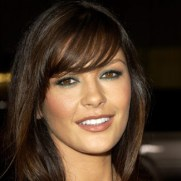 catherine-zeta-jones-bangs-hg-de