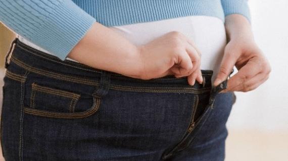 Tips agar berat badan tidak naik saat puasa