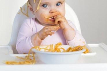 Kod male djece lako može doći do gušenja - Avaz, Dnevni avaz, avaz.ba