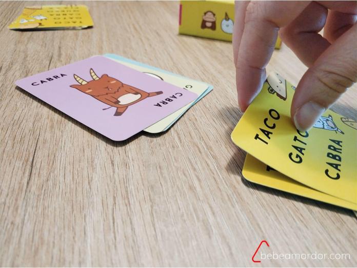 sacar carta hacia afuera en juegos de velocidad