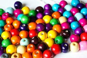 Fun DIY gumdrop bead necklaces on silver chain craft