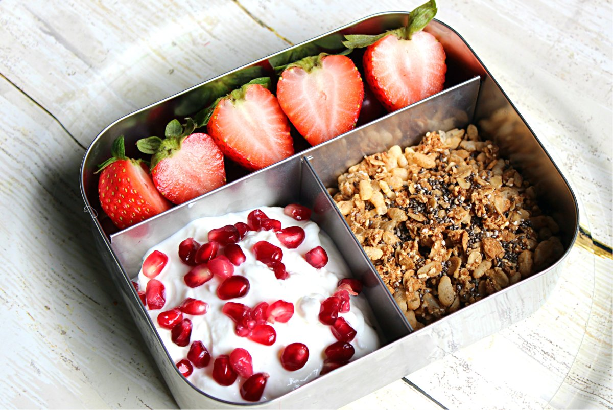 Bento Lunch Box: Yogurt Parfait