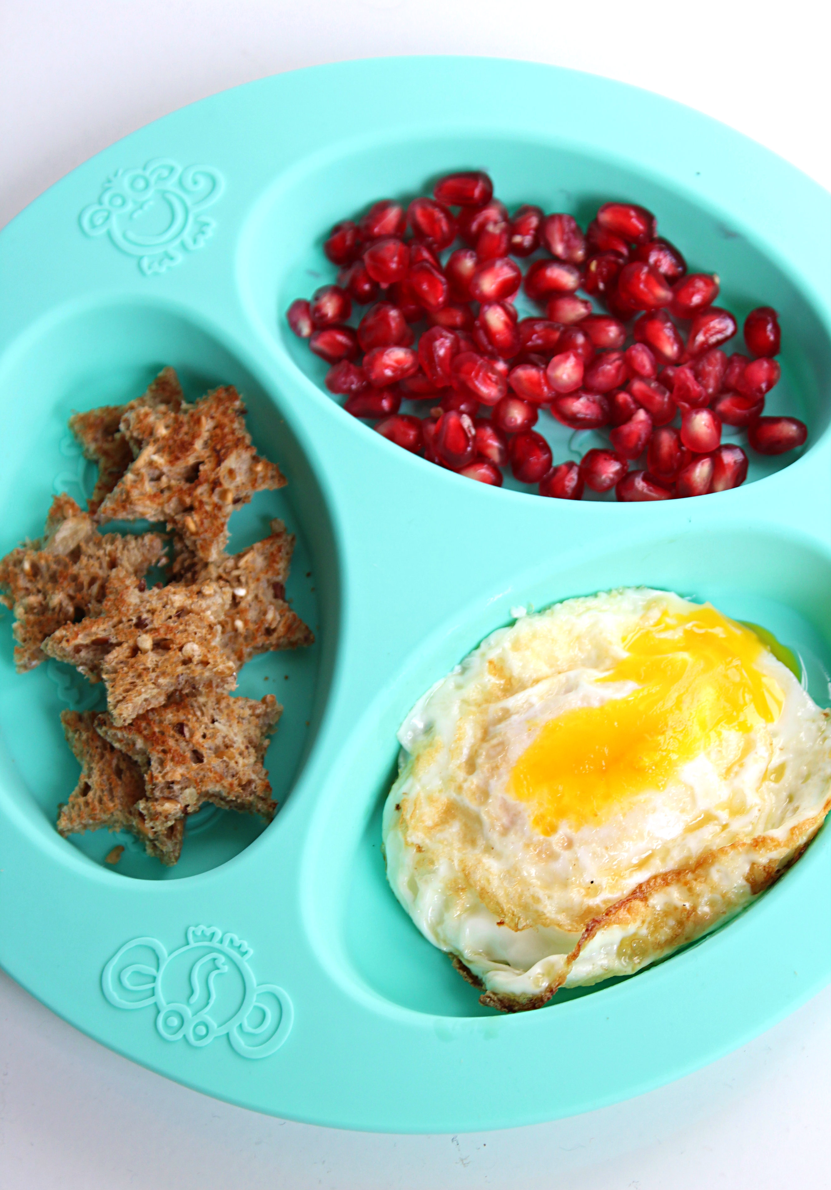 Star shaped Egg Dippers: Healthy breakfast for toddlers and kids.