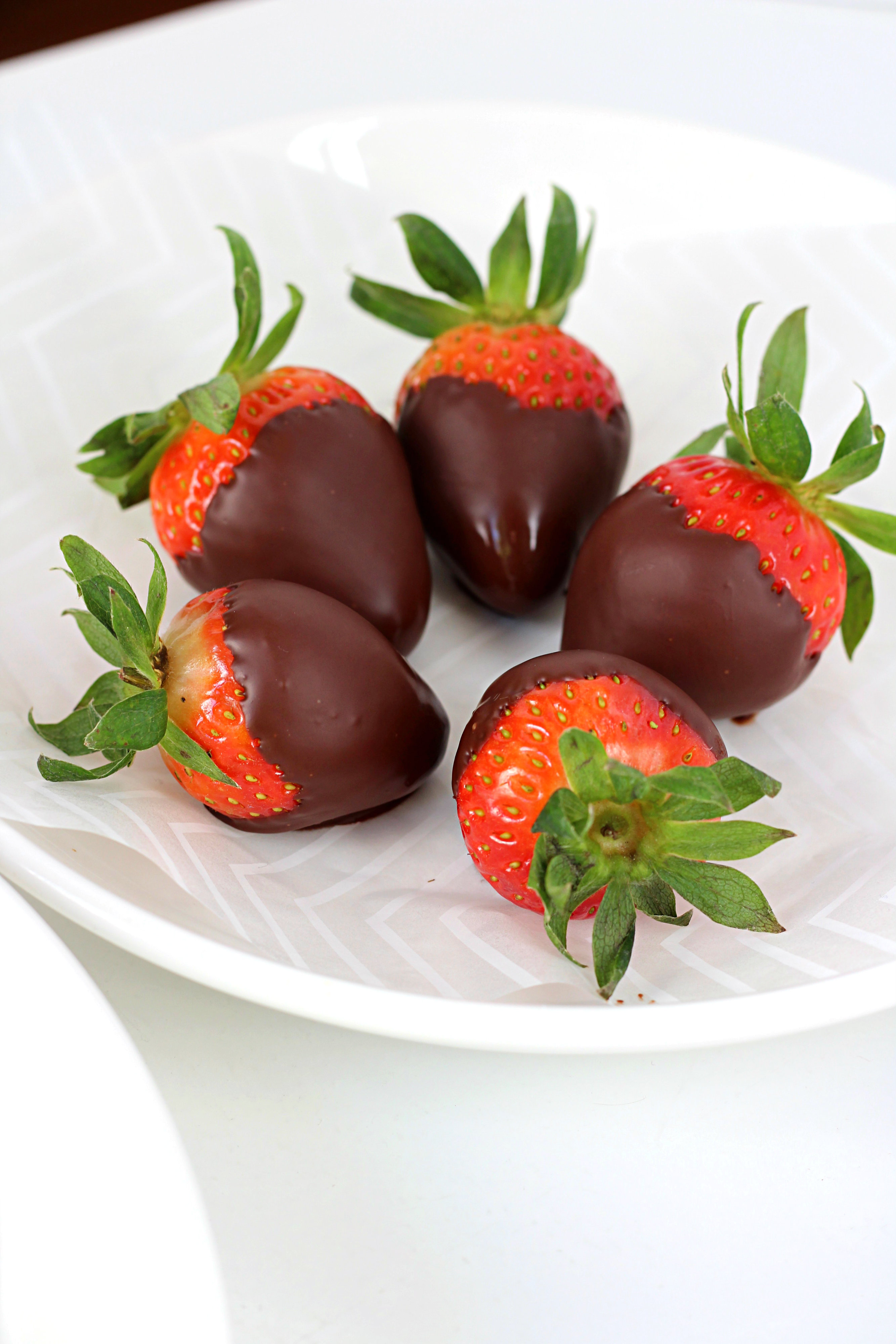 Chocolate Covered Fruit: Easy Dessert Ideas