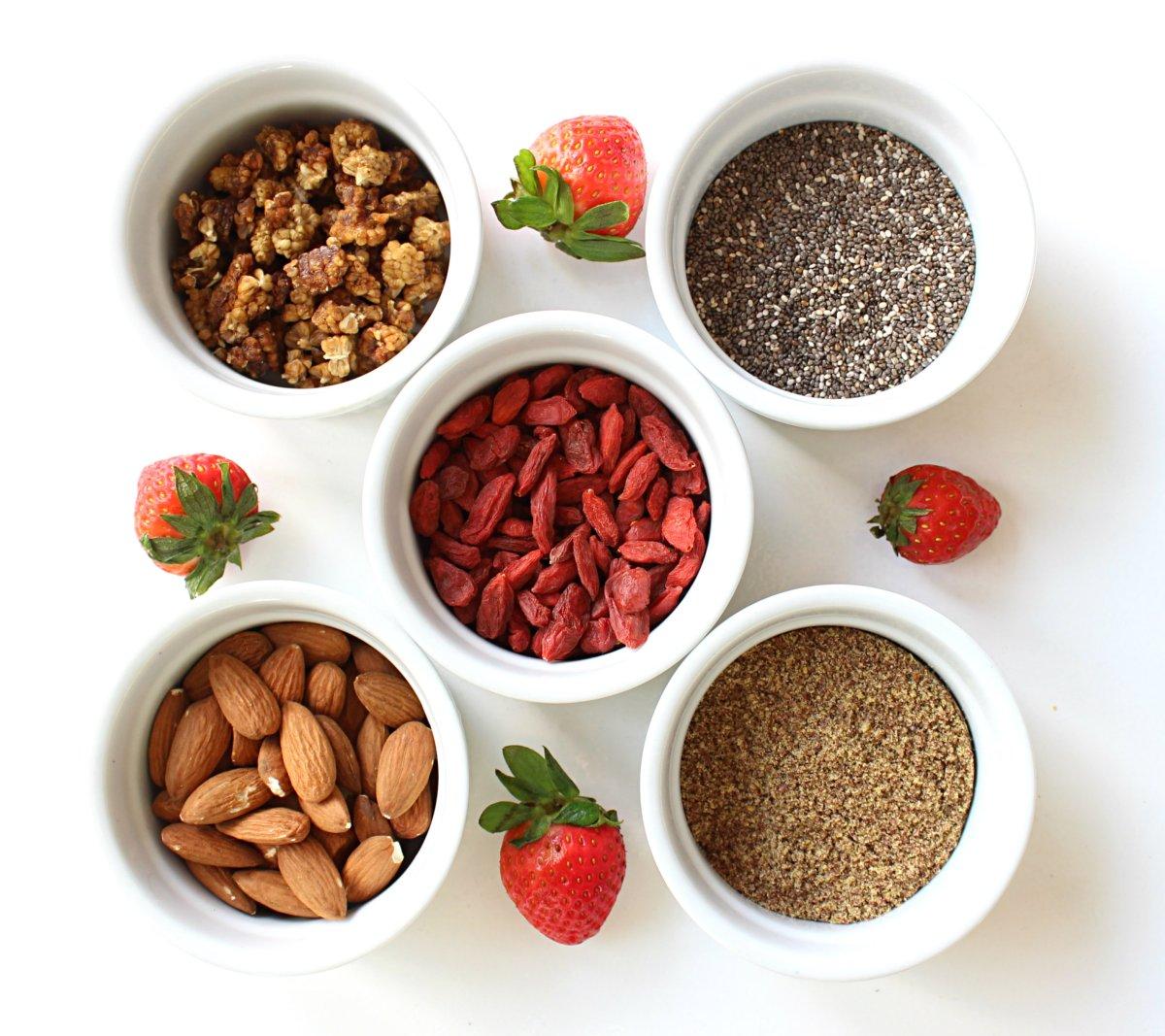 Healthy simple yogurt parfaits for kids