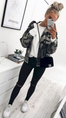 Casual And Stylish Fall School Outfits Ideas For Teens 19