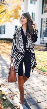 Casual Chic Women Outfits For Winter To Look Good 25