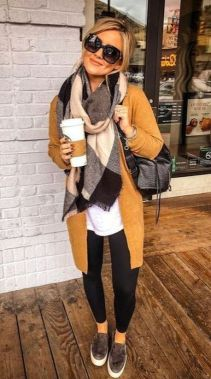 Casual Chic Women Outfits For Winter To Look Good 42