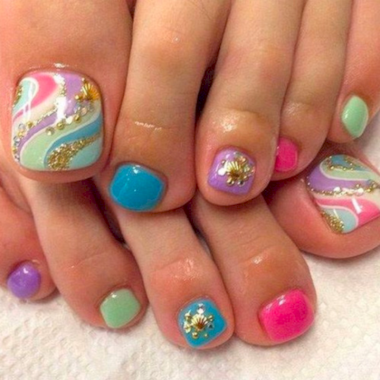 Cute Summer Nail Almond Design And Colours 30