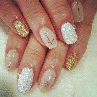 Cute And Chic Nail Design Ideas For Brides 26
