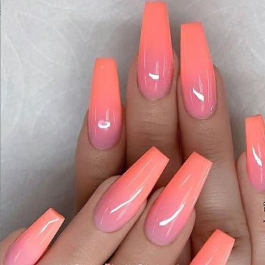 Cute And Chic Nail Design Ideas For Brides 36