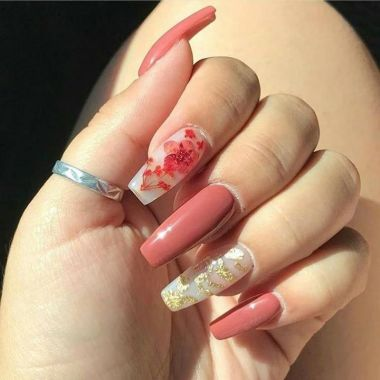 Pretty Acrylic Nails Ideas To Perfect Your Styles 21 1