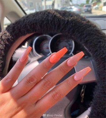 Pretty Acrylic Nails Ideas To Perfect Your Styles 22