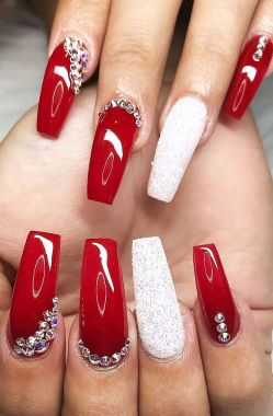 Pretty Acrylic Nails Ideas To Perfect Your Styles 26 1