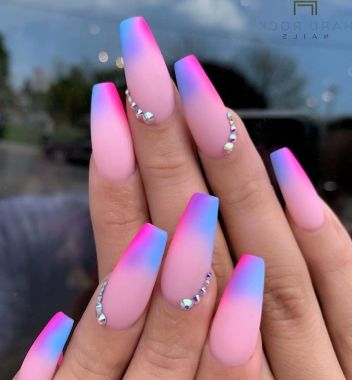 Pretty Acrylic Nails Ideas To Perfect Your Styles 30 1