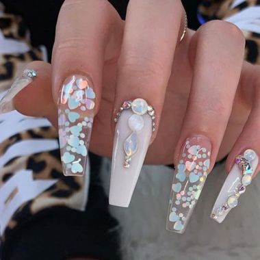 Pretty Acrylic Nails Ideas To Perfect Your Styles 35