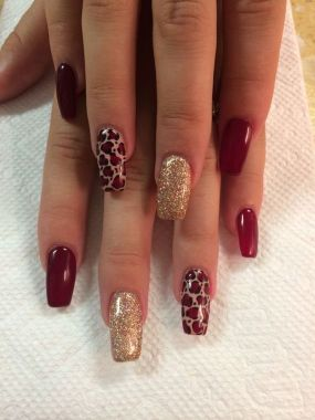 Pretty Acrylic Nails Ideas To Perfect Your Styles 46