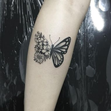 Awesome Butterfly Tattoo Design Ideas For Women 09