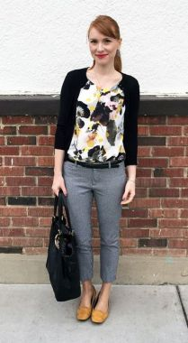 Inspiring Office Work Outfits Ideas To Wear This Spring 38