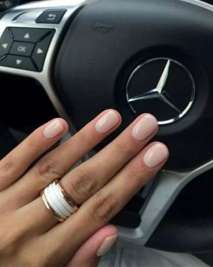 Populariest Summer Nail Colors Of 2020 05