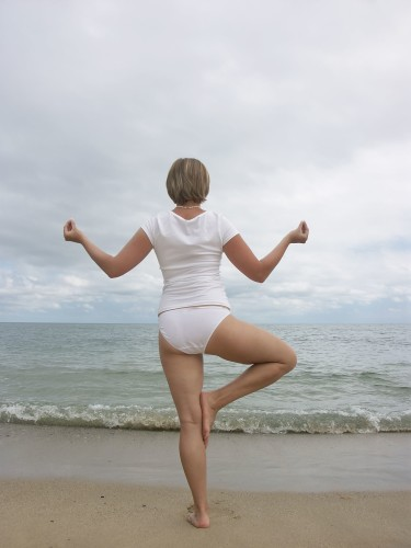 Can yoga help you lose weight be beauty tips the absolute most helpful weight reduction kind is energy yoga which includes higher aerobic exercise with conventional poses ccuart Images