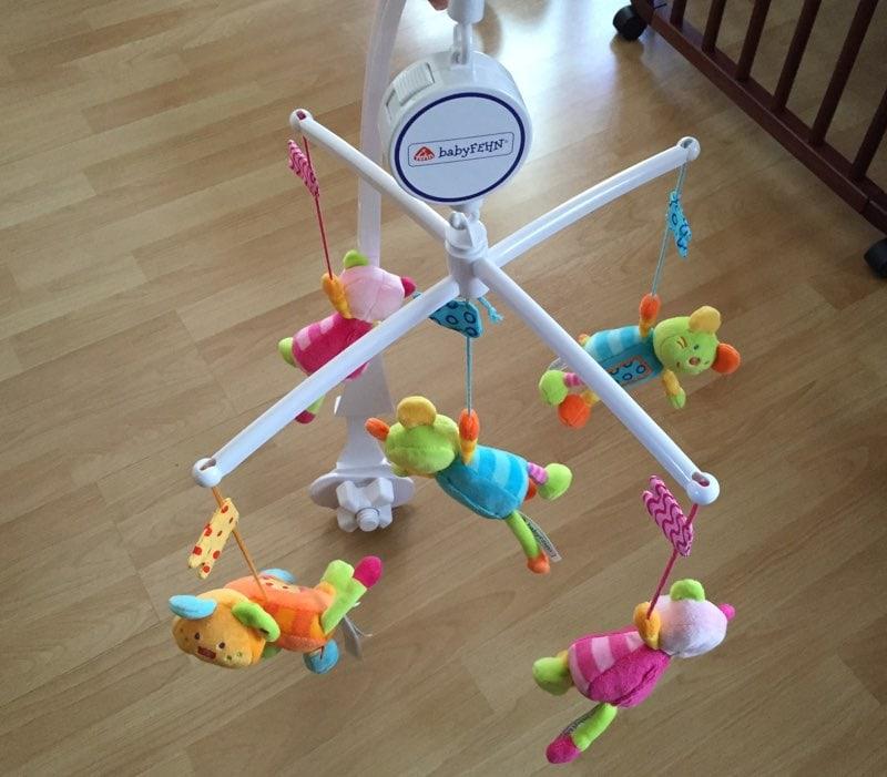 Fehn 142495 robos m vil de cuna musical para beb s por unos 20 euros opini n y an lisis - Movil para cuna bebe ...