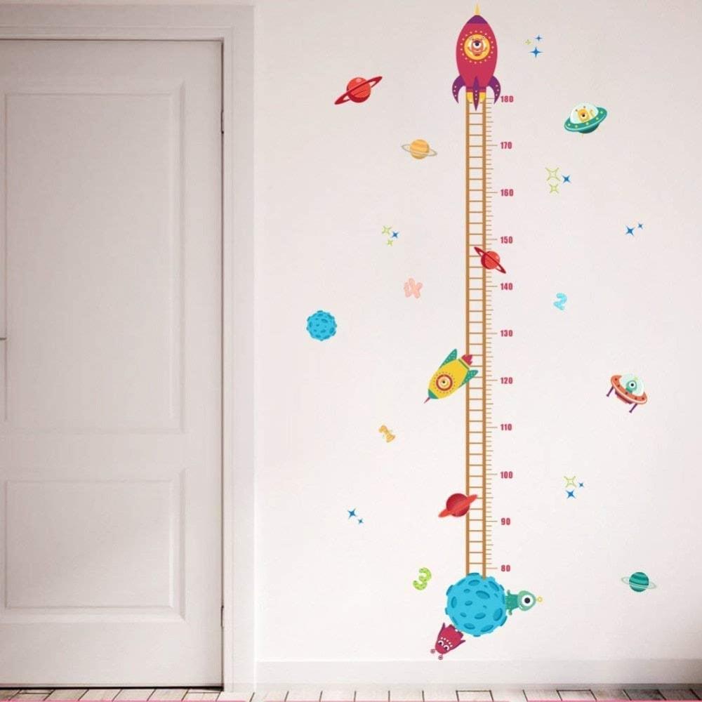 Los 4 mejores medidores de crecimiento para niños y niñas: Medidor de Lorcoo de plástico