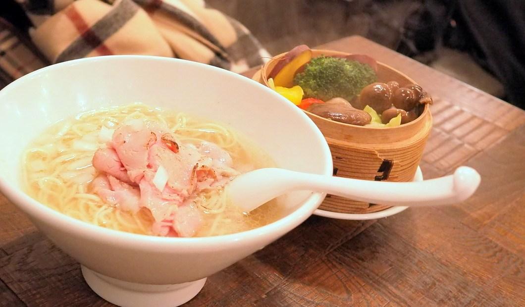 銀座_創龍_野菜ラーメン