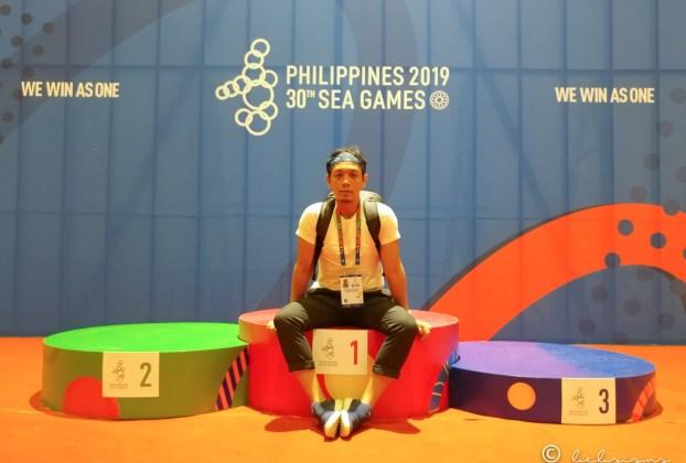 sitting on seagames 2019 podium