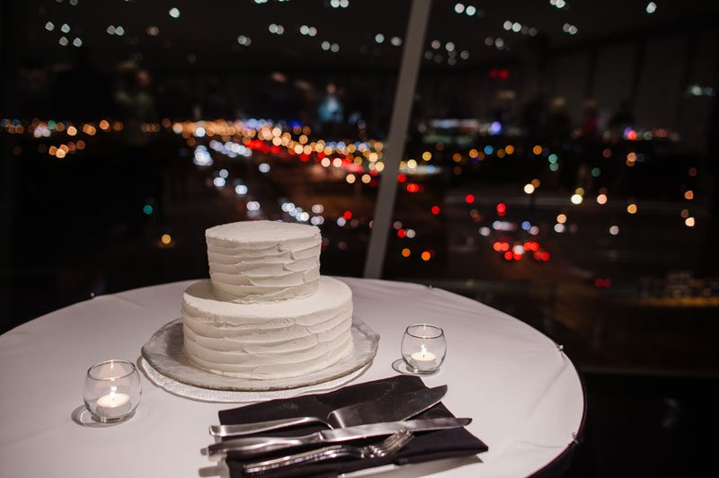Wedding cake with skyline in background for Walker Art Center wedding Minneapolis MN
