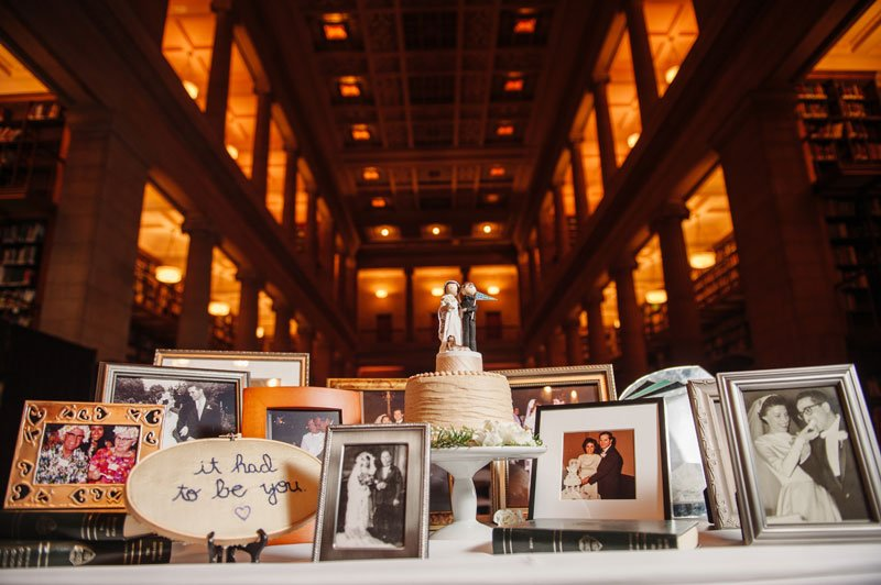 st paul mn wedding at jj hill library cake