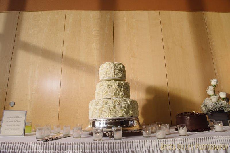 three tiered wedding cake at como park st paul mn