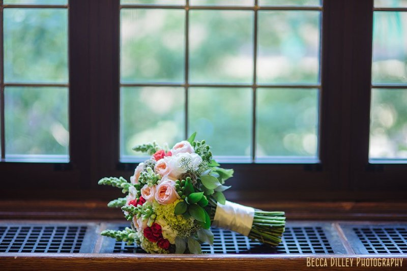 bouquet at minneapolis club wedding