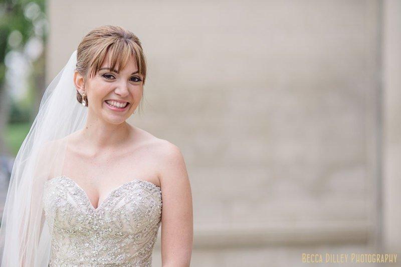 elegant bride outside minneapolis wedding at gale mansion