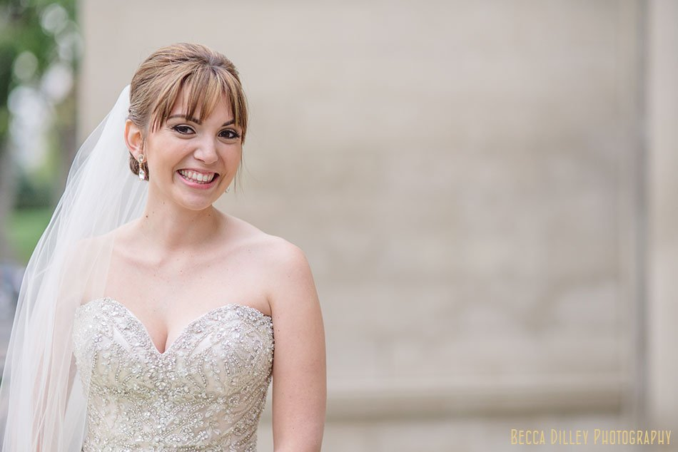 elegant bride outside minneapolis wedding at gale mansion