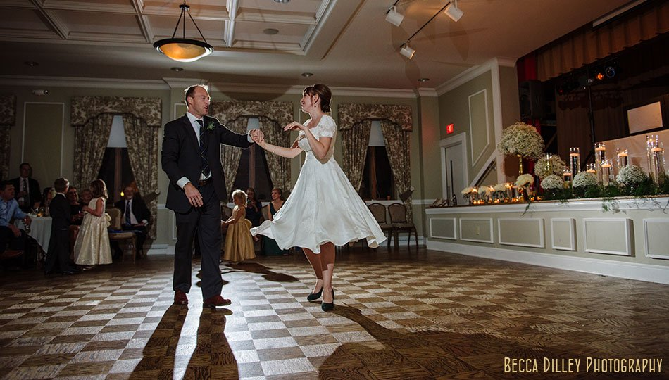minneapolis-gale-mansion-wedding-golden-093