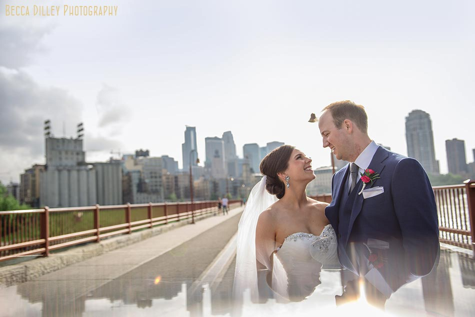 prism bride and groom with minneapolis skyline campus club of mn wedding