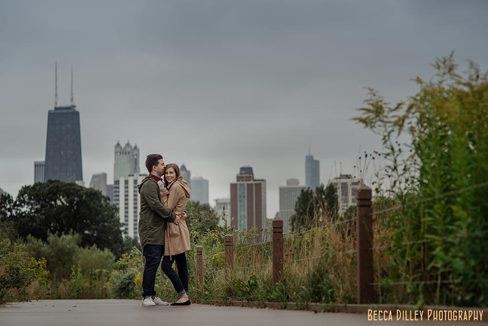 destination chicago engagement photo with skyline