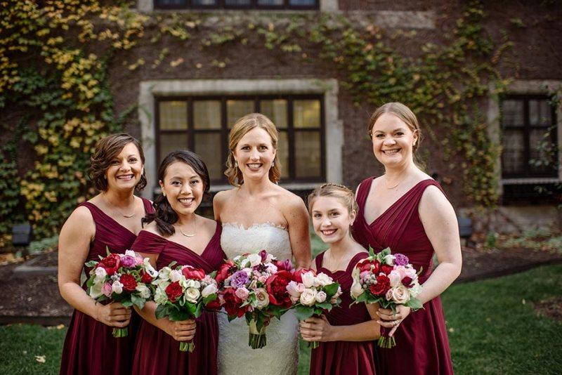 bride and bridsmaids