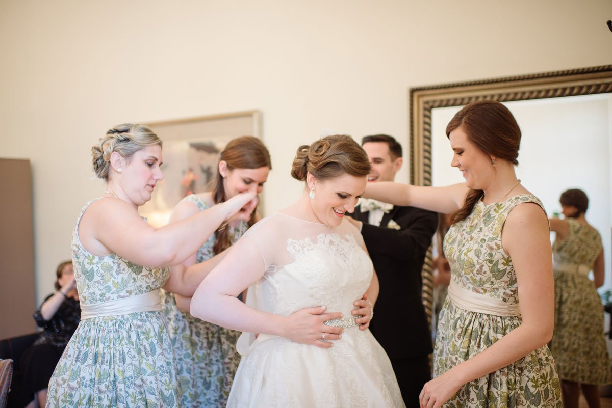 bride getting ready jj hill library wedding st paul photographer